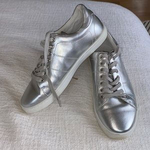 Witchery Silver Gray Leather Sneakers - 38